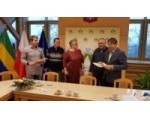 Podpisanie umowy na budowę kompleksu sportowego w Nowej Cerkwi – etap I