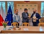 Podpisanie umów na realizację zadań na terenie Gminy Chojnice